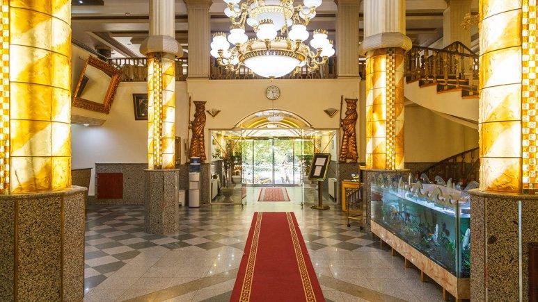 هتل شیراز مشهد لابی 1
