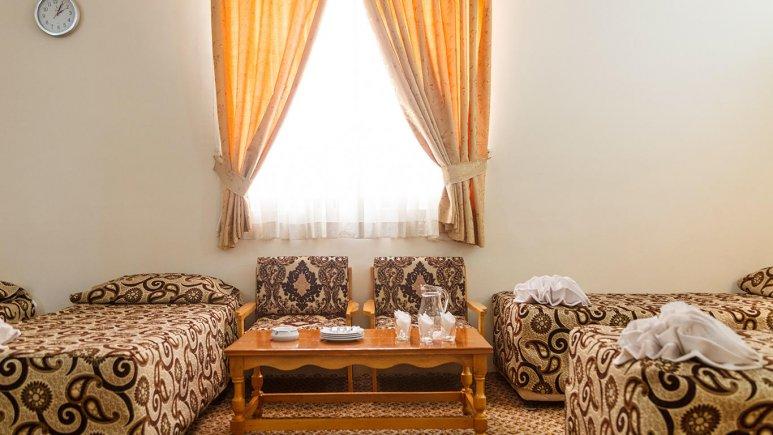 هتل شیراز مشهد اتاق چهار تخته 4