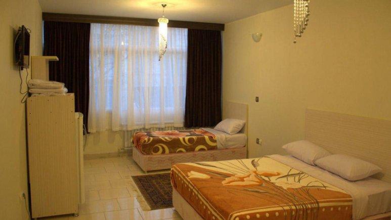 هتل آراد تهران اتاق سه تخته 2