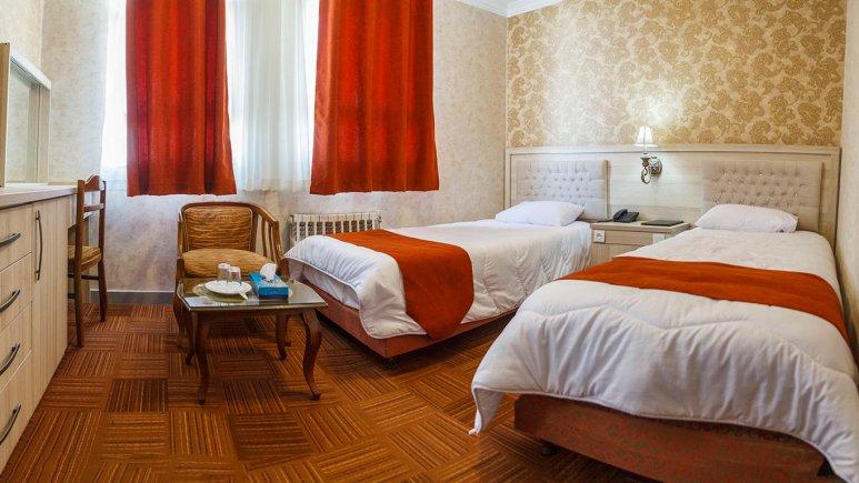 هتل اورین تهران اتاق دو تخته تویین 2