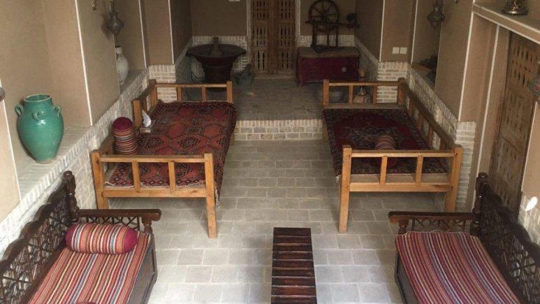 اقامتگاه سنتی سرای نه چم کاشان فضای داخلی اقامتگاه 2