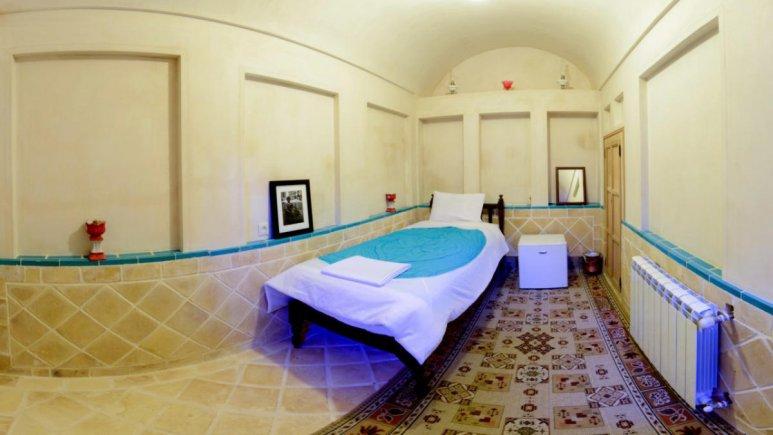 اقامتگاه سنتی سرای نه چم کاشان فضای داخلی اتاق ها 4
