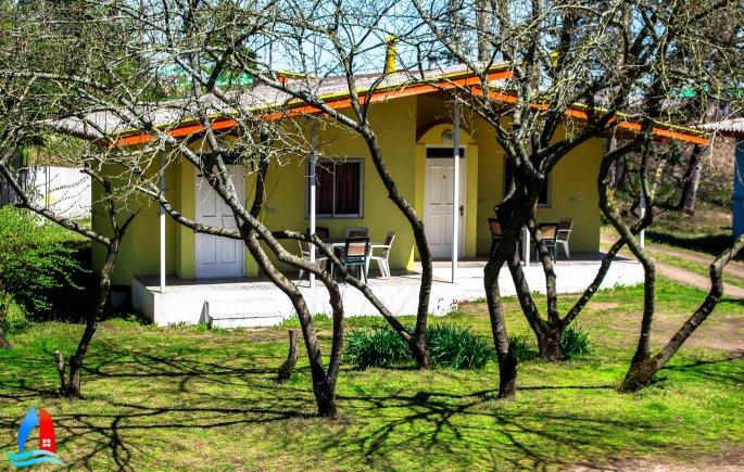هتل زیبا کنار بندر انزلی  ویلا 4