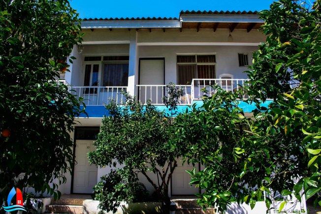 هتل زیبا کنار بندر انزلی  ویلا 6