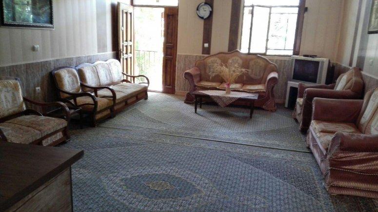 اقامتگاه سنتی باغ گلستان الموت شرقی فضای داخلی سوئیت ها 1