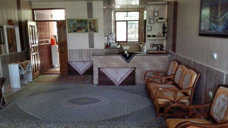 اقامتگاه سنتی باغ گلستان الموت شرقی فضای داخلی سوئیت ها 3