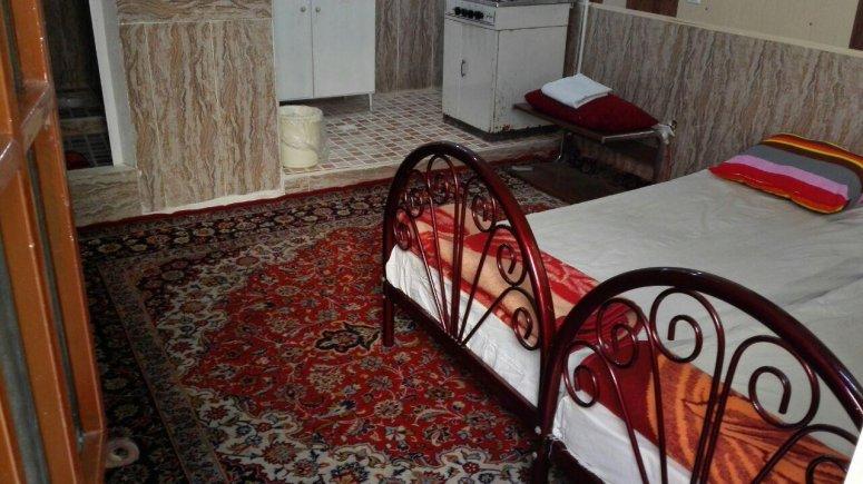 اقامتگاه سنتی باغ گلستان الموت شرقی فضای داخلی سوئیت ها 5