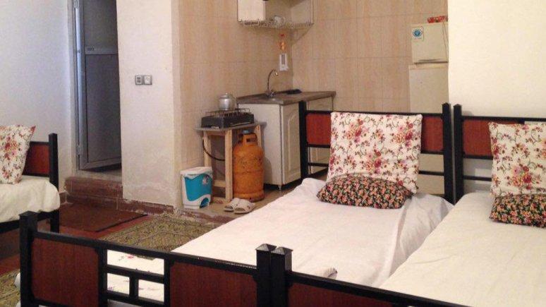 اقامتگاه سنتی باغ گلستان الموت شرقی فضای داخلی سوئیت ها 7