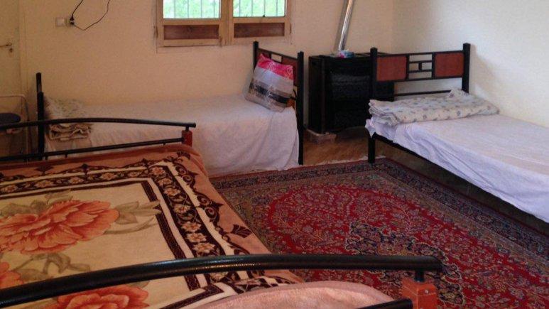 اقامتگاه سنتی باغ گلستان الموت شرقی فضای داخلی سوئیت ها 9