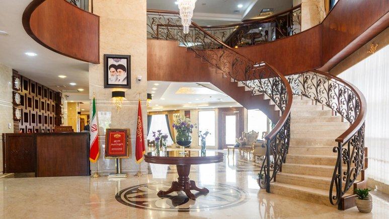 هتل پارسیس مشهد لابی 2
