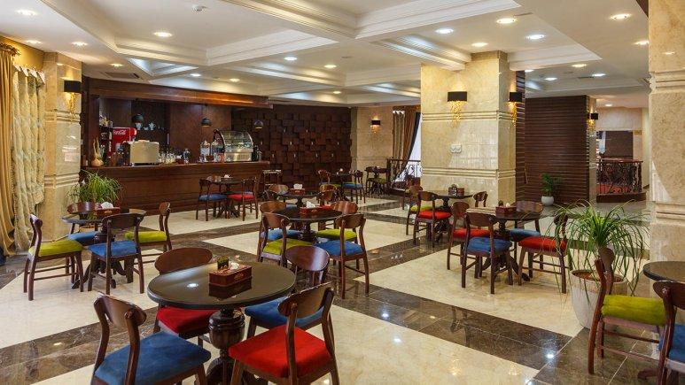 هتل پارسیس مشهد کافی شاپ