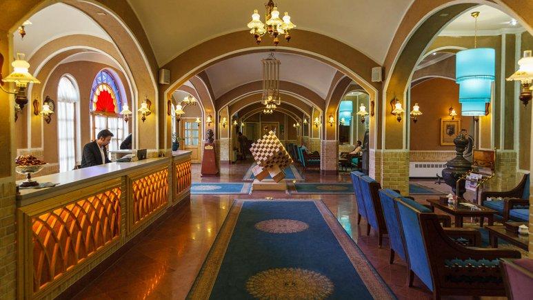 هتل داد یزد لابی