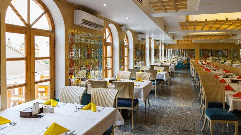 هتل داد یزد رستوران 1