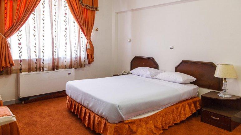 هتل تهرانی یزد اتاق دو تخته دابل 2