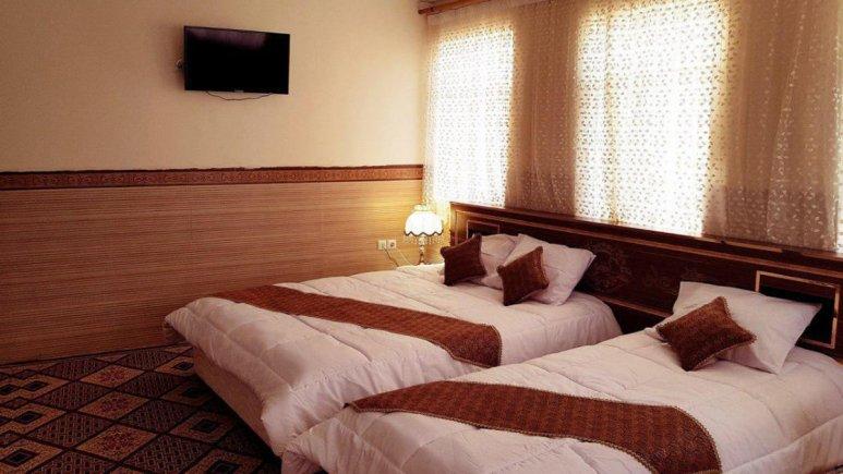 هتل الزهرا یزد اتاق سه تخته 2