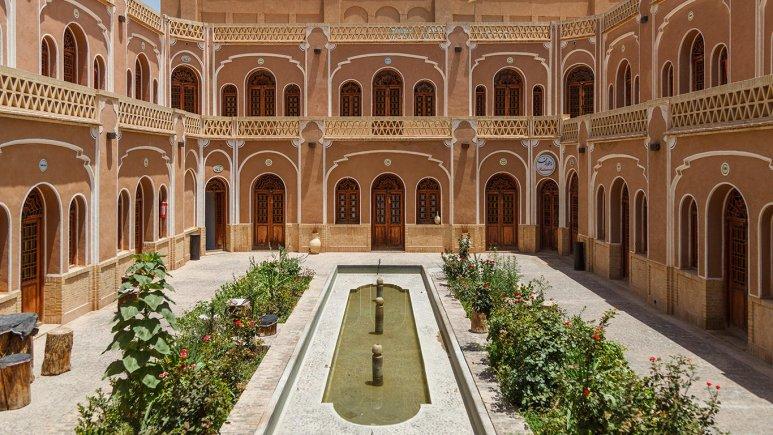 هتل کاروانسرای مشیر یزد فضای داخلی هتل 2