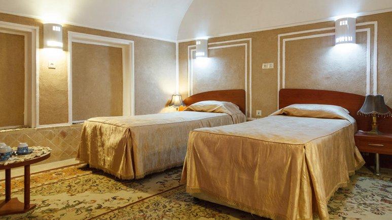 هتل کاروانسرای مشیر یزد اتاق دو تخته تویین 2