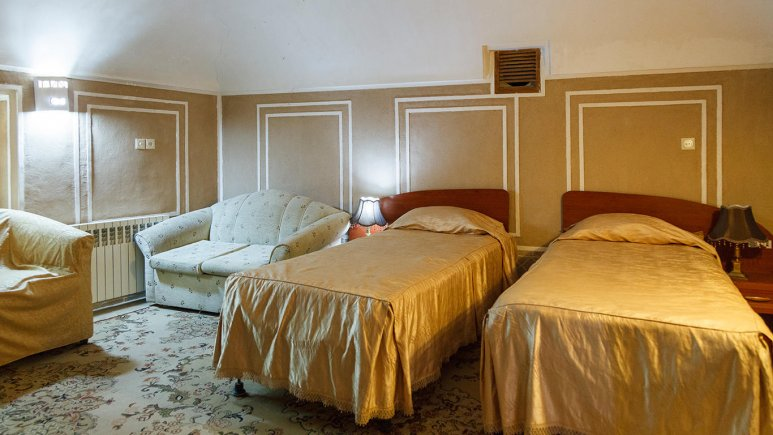 هتل کاروانسرای مشیر یزد اتاق دو تخته تویین 3