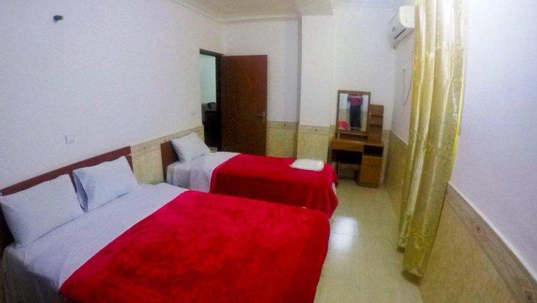 هتل آپارتمان شادناز 2 اتاق سه تخته 2