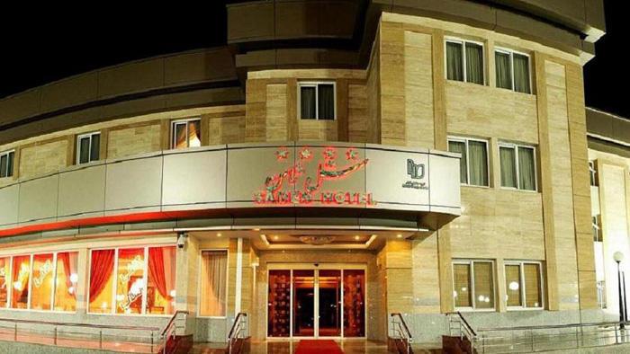 هتل ثامن مشهد نمای بیرونی