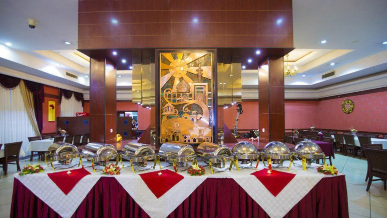 هتل ثامن مشهد رستوران 2