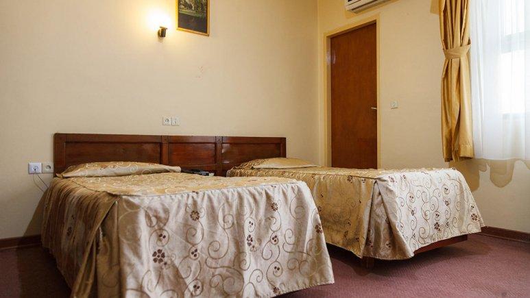 هتل کوثر شیراز اتاق دو تخته تویین 2