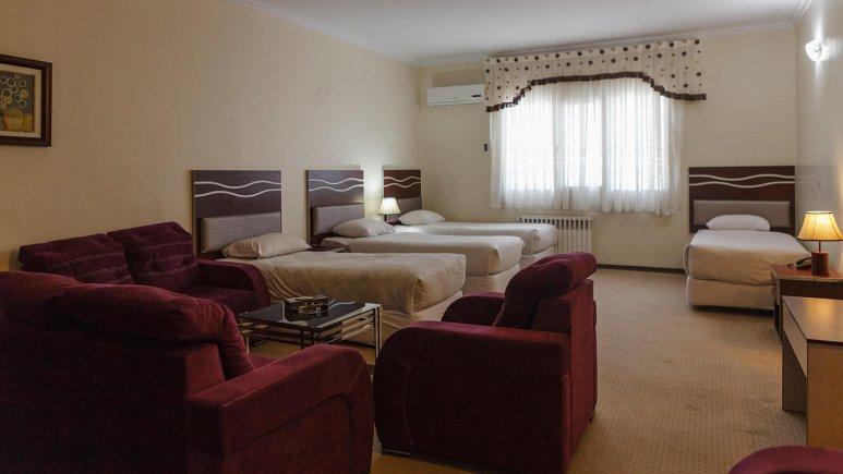 هتل ورزش تهران اتاق چهار تخته