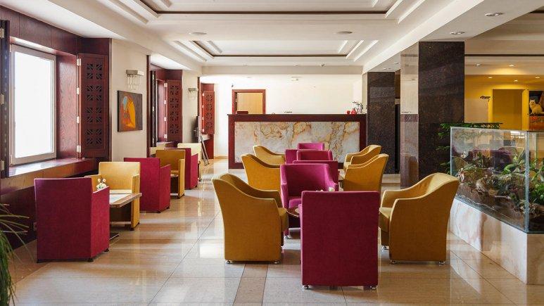هتل ارگ جدید یزد کافی شاپ
