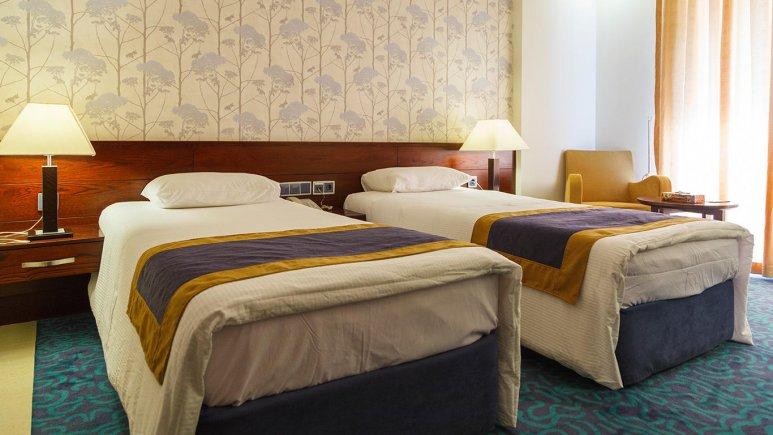 هتل ارگ جدید یزد اتاق دو تخته تویین 1