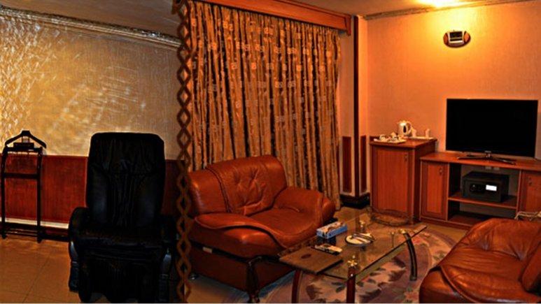 سوئیت هتل پارمیس