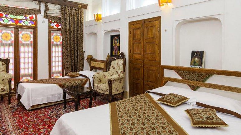 هتل موزه فهادان یزد اتاق سه تخته 1