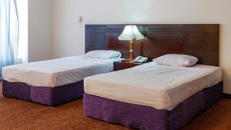 هتل ارم کیش اتاق دو تخته تویین