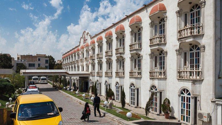 هتل شهر تهران نمای بیرونی 2