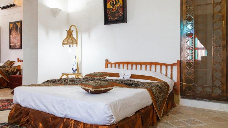 هتل سنتی مهر یزد اتاق چهار تخته 2