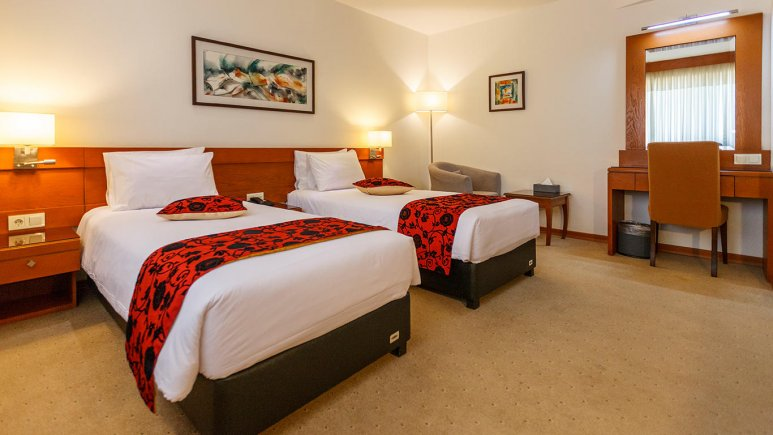 هتل الیزه شیراز اتاق دو تخته تویین 1