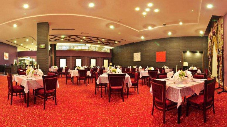 هتل پردیسان مشهد رستوران رز 1