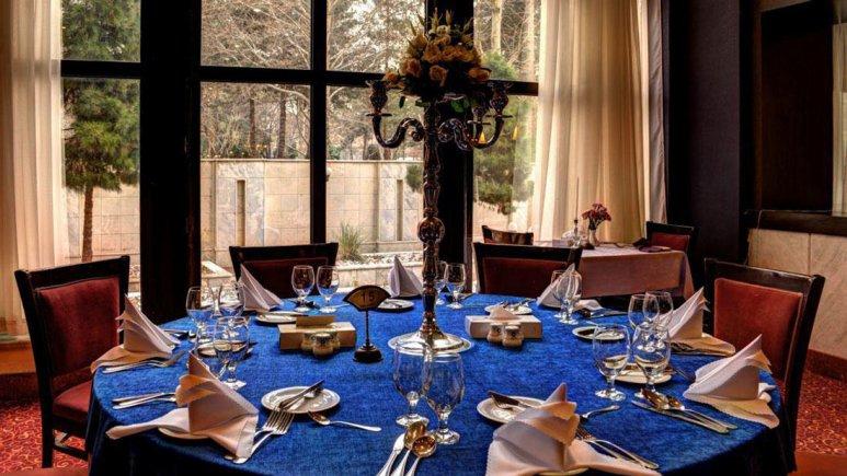 هتل پردیسان مشهد رستوران رز 2