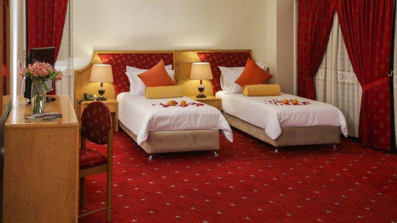 هتل پردیسان مشهد اتاق دو تخته تویین