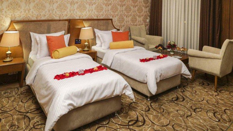 هتل پردیسان مشهد اتاق دو تخته تویین لوکس