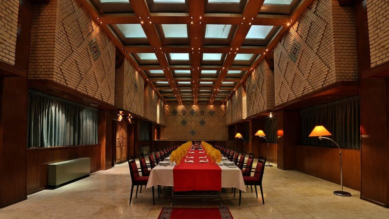 سالن گلستان هتل هما شیراز