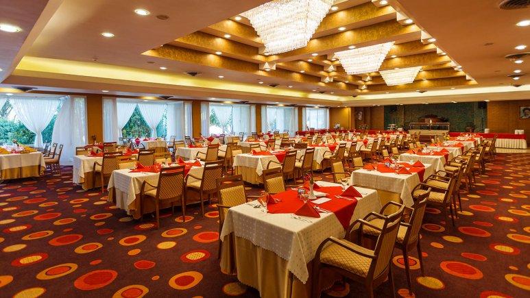 هتل هما شیراز رستوران 1