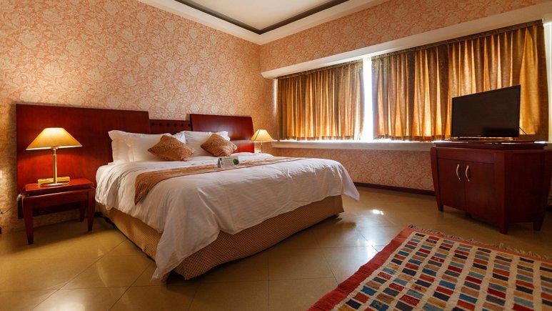 هتل هما شیراز اتاق دو تخته دابل 1