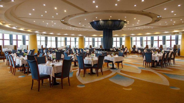 هتل بزرگ شیراز رستوران 1