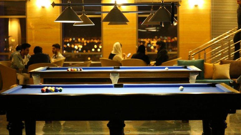 هتل بزرگ شیراز سالن بیلیارد 2