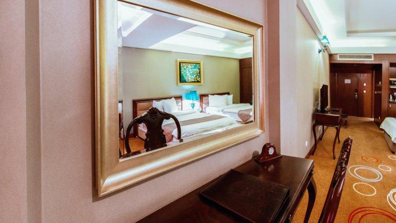 هتل بزرگ شیراز اتاق دو تخته تویین 6