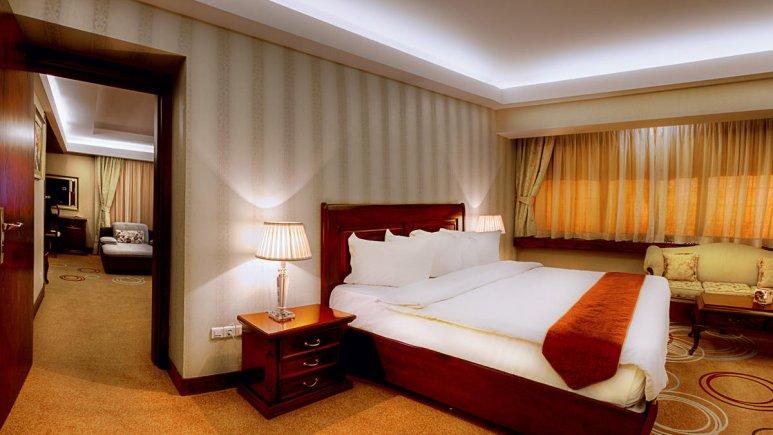 هتل بزرگ شیراز سوئیت 2