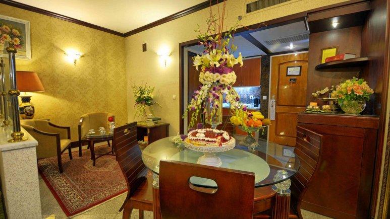هتل بین المللی قصر مشهد سوئیت یک خوابه دو تخته 1