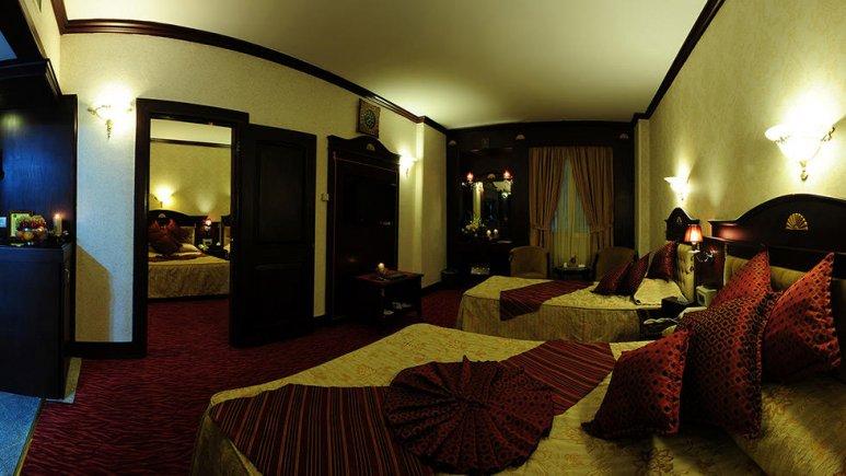 هتل بین المللی قصر مشهد اتاق کانکت چهار تخته