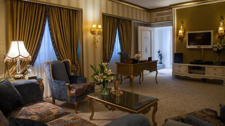 هتل بین المللی قصر مشهد سوئیت دو تخته رویال 2