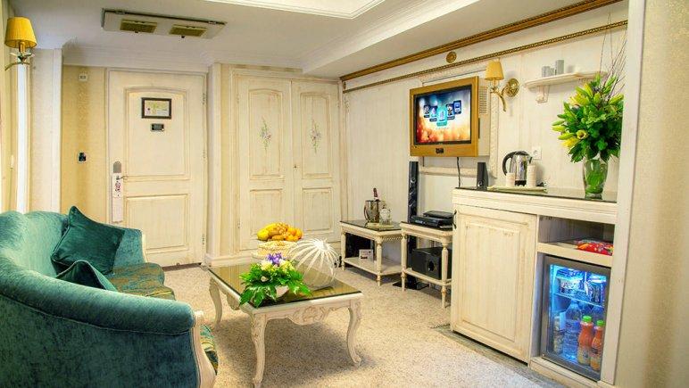 هتل بین المللی قصر مشهد اتاق دو تخته پرزیدنت ویژه 3